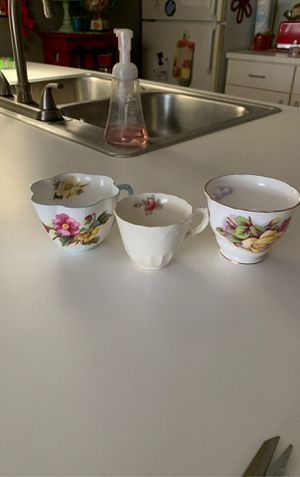3 orphaned china cups Royal Osborne, Shelly England Dimitasse cup, Billingsly Rose Spode for Sale in Grandville, MI