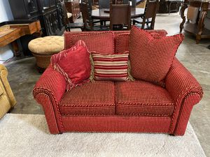 Red and gold loveseat for Sale in San Diego, CA