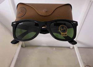 Brand New Authentic RayBan Wayfarer Sunglasses for Sale in Phoenix, AZ