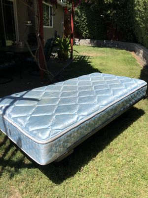 Collapsible Twin sized Trundle bed for Sale in San Jose, CA