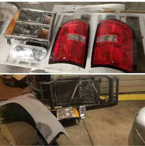partes para chevy o gmc for Sale in Houston, TX