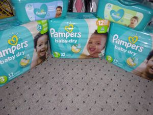 Pampers size 3 diapers and wipes for Sale in Des Moines, IA