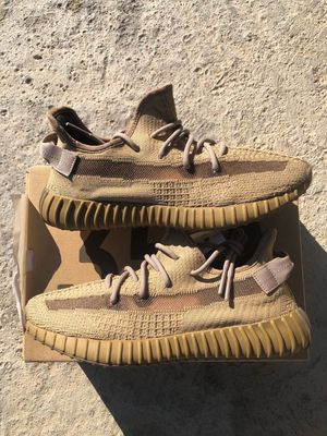 Yeezy Boost 350 V2 Earth Size 9 for Sale in Clovis, CA