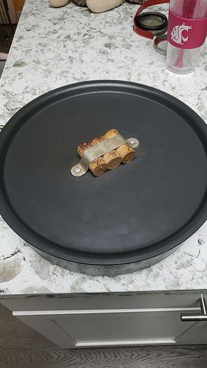 Calphalon 5 quart saucepan for Sale in Kirkland, WA