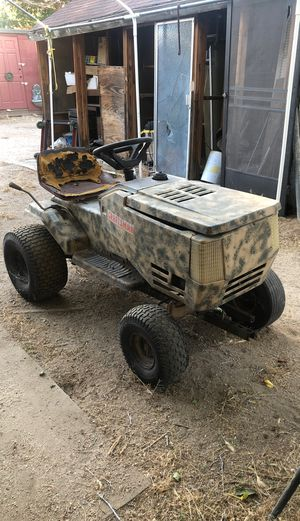 Tractor craftsman for Sale in Palmdale, CA