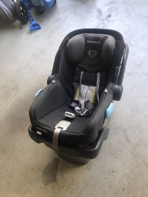 Uppababy car seat for infants for Sale in Redwood City, CA