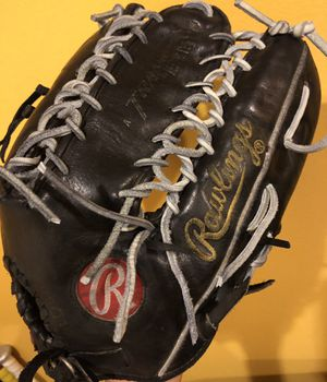 Rawlings heart of the hide trapeze baseball glove equipment bats six finger glove for Sale in Culver City, CA