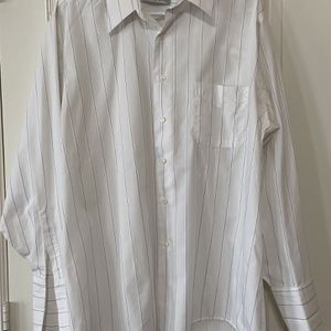 Men's White With Blue Pin Stripes Geoffrey Beene Wrinkle Free Cufflink Dress Shirt. 17 1/2 34/35 XL for Sale in Round Rock, TX