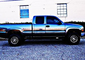 ֆ12OO 4WD Chevrolet Silverado Clean for Sale in Ellendale, DE
