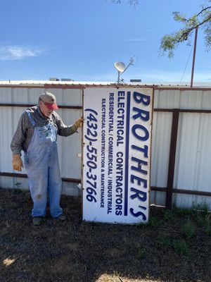 Free medal sign for Sale in Odessa, TX