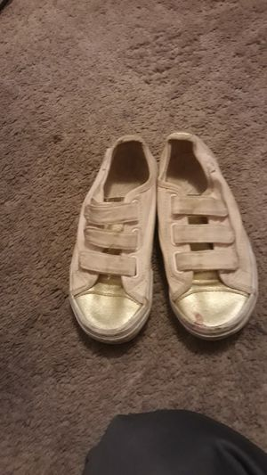 FREE SIZE 13 for Sale in Victorville, CA