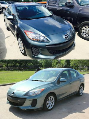 2013 MAZDA MAZDA3 CLEAN TITLE LOW DOWN for Sale in Bellaire, TX