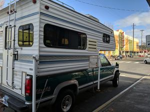 1998 Past time truck camper for Sale in Seattle, WA