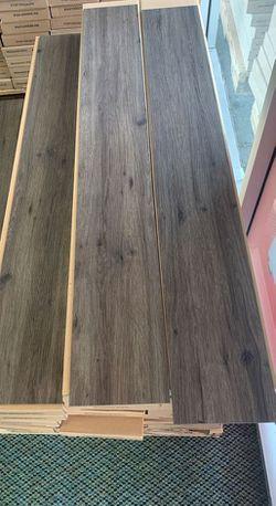 Vinyl glue down flooring 35 sq ft per box 60QZ for Sale in China Spring,  TX