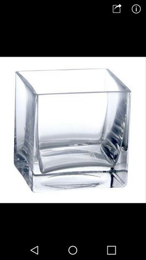 Square glass vases for weddings and events for Sale in Hialeah, FL