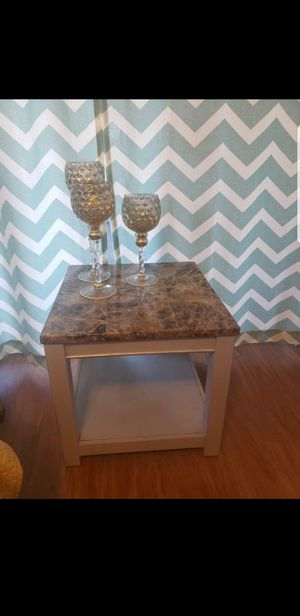 Cute table for Sale in Tucson, AZ