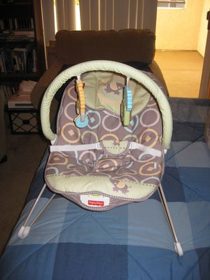 Fisher Price Comfy Time Bouncer for Sale in Traverse City, MI
