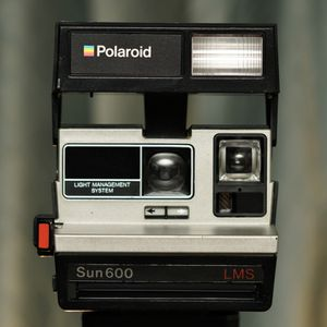 Polaroid Sun 600 LMS Instant Film Camera for Sale in Fremont, CA