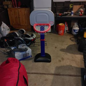 Little Tikes Basketball Hoop for Sale in Kent, WA