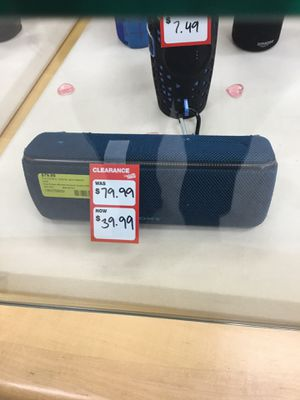 Blue Bluetooth speaker for Sale in Pearl, MS