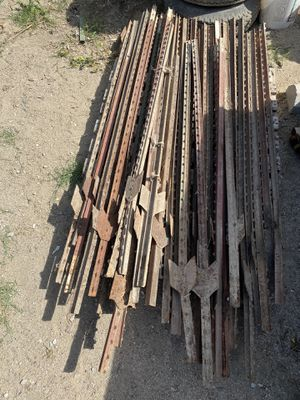Fence/Wire Posts for Sale in Tulare, CA