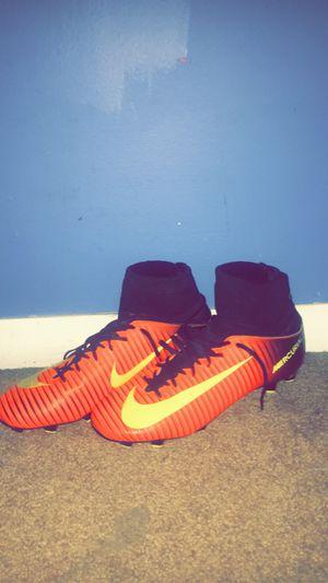 Size 5 Nike mercurial soccer cleats for Sale in Wichita, KS