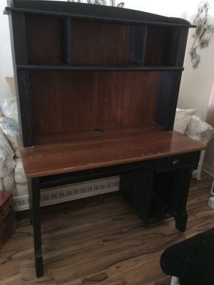 Black & Brown Computer Desk with Hutch for Sale in Spring Hill, FL