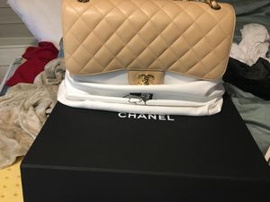 Authentic Chanel classic jumbo for Sale in Lone Tree, CO