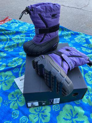 Sorel kids snow boots size 9 for Sale in Santa Ana, CA