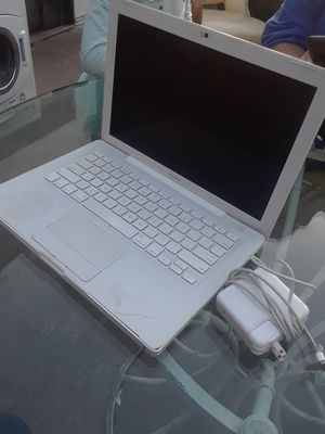 Used Apple laptop LOCKED !! for Sale in Anaheim, CA