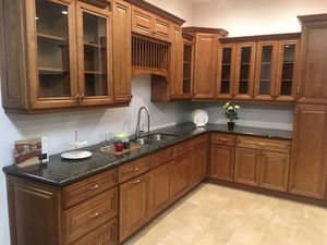 Kitchen cabinets for Sale in San Bernardino, CA