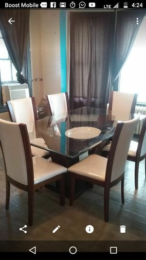 Table with 6chair in white nice for Sale in Avon Park, FL