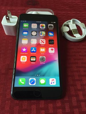 """iPhone 7 Plus 32GB ,,Factory UNLOCKED Excellent CONDITION """"aS liKE nEW"""" for Sale in Springfield, VA"""