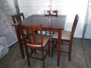 Nice looking dinning 4 chairs for Sale in Highland, CA