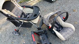 Safety First Stroller, Car Seat, Carrier in one for Sale in Grants Pass, OR