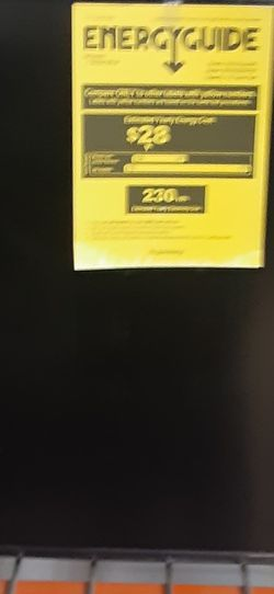 Frigidaire Mini fridge for Sale in Independence,  OH