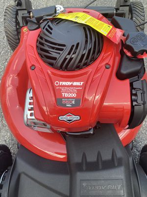 Troy-Bilt TB200 150-cc 21-in Self-propelled Gas Lawn Mower with Briggs & Stratton Engine for Sale in Norcross, GA