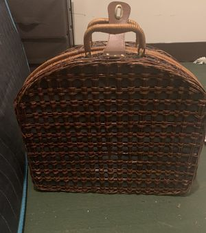 Old school picnic basket for Sale in Altoona, PA