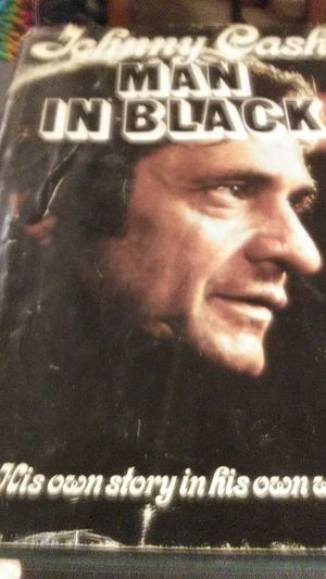 Johnny Cashbooks.. Autobiography in his own words and Rolling Stone addition written by Rosanne Cash for Sale in Silsbee, TX