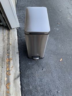 Stainless Steel Trash Can for Sale in Orlando,  FL