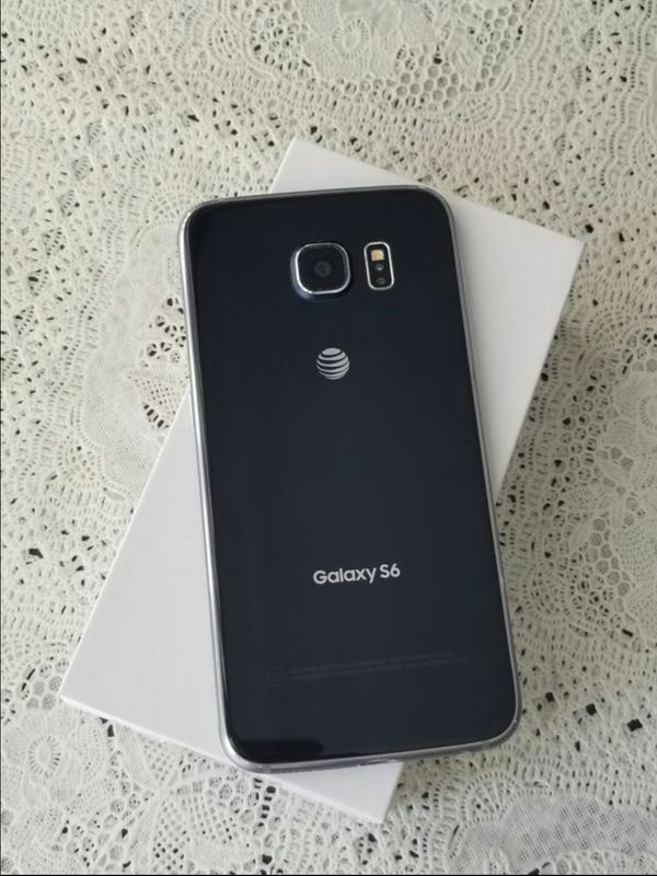 Samsung Galaxy S 6 , UNLOCKED . Excellent Condition ( as like New)