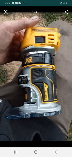 20v dewalt XR MAX cordless brushless router for Sale in Greensboro, NC