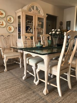 Formal Diningroom for Sale in New Port Richey, FL