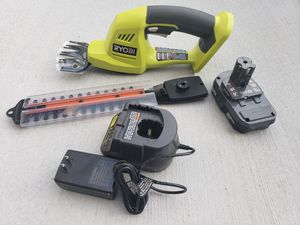 P201) CORDLESS SHEAR/ SHRUBBER BATTERY AND CHARGER for Sale in Riverside, CA