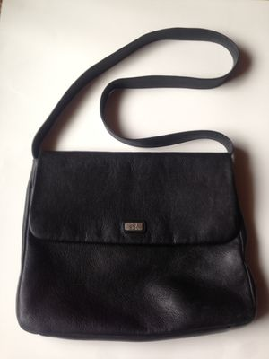 The Sak Flap Black Cross-Body Messenger Leather Purse Satchel Bag for Sale in Columbus, OH