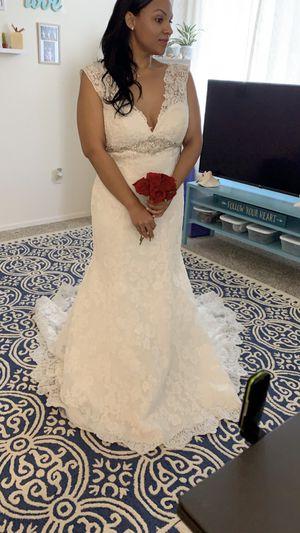 New wedding dress! Size 12/14 for Sale in Gilbert, AZ