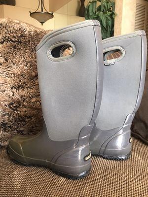 Bogs winter boots for Sale in Pembroke Pines, FL