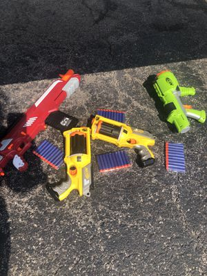 NERF gun 2 medium 2 large with 40 bullets for Sale in Chicago, IL