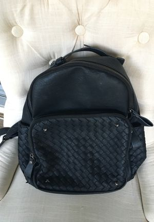 Leather backpack for Sale in NEW PRT RCHY, FL