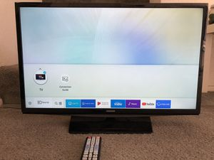 Samsung smart tv 28 inches for Sale in Fullerton, CA
